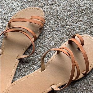 Pac Sun Toe Strap Side Sandals